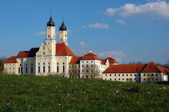 Bild vom Kloster Roggenburg (Foto: Wikipedia)